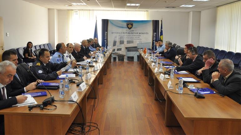 Zëvendësministri Xhemajlaj priti në takim një delegacion maqedonas
