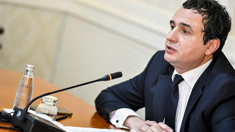 President e Qeveri që vrapojnë pas Presidentit të Serbisë!