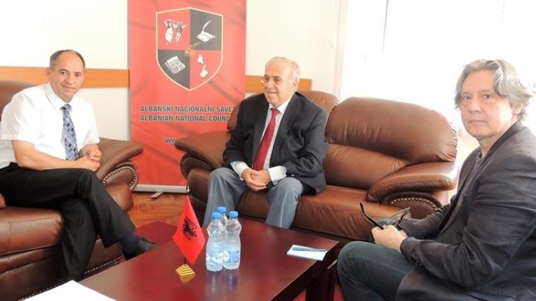 Shqipëria të luaj një rol edhe më aktiv sa i përket shqiptarëve të Luginës