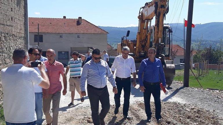 Zëvendësministri Rexhep Kadriu inspekton punimet në fshatin Kopërnicë