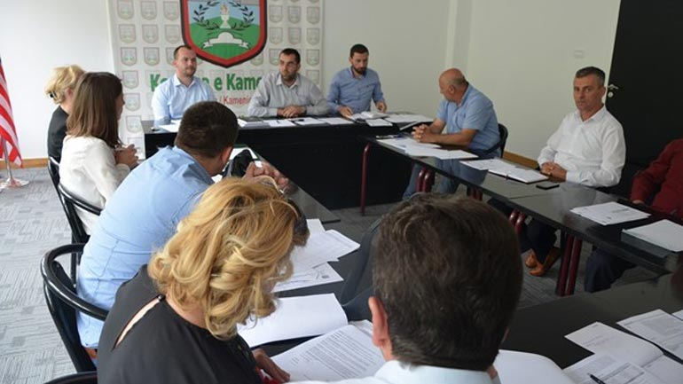 Komiteti për Politikë dhe Financa miraton pikat që do të procedohen për Kuvend