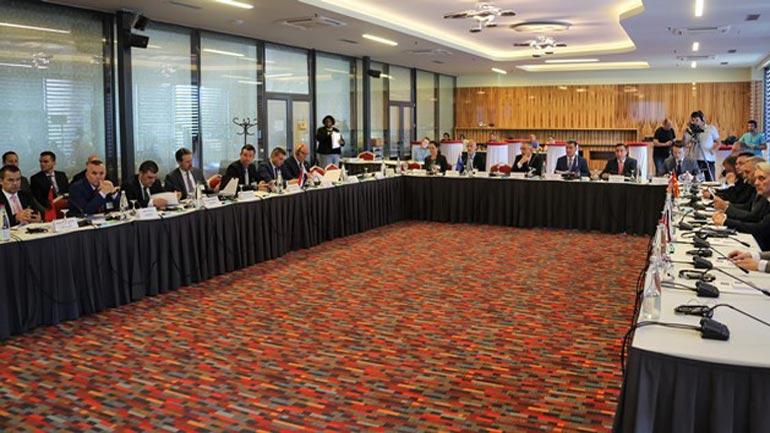 Përfundoi konferenca dy ditore rajonale me drejtuesit e policive të shteteve rajonale