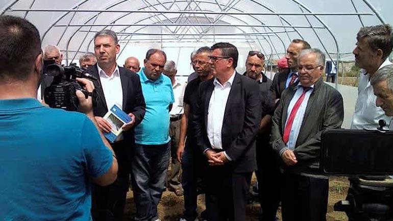 Gjilani shpërndan katërmijë metra katror serra për bujqit