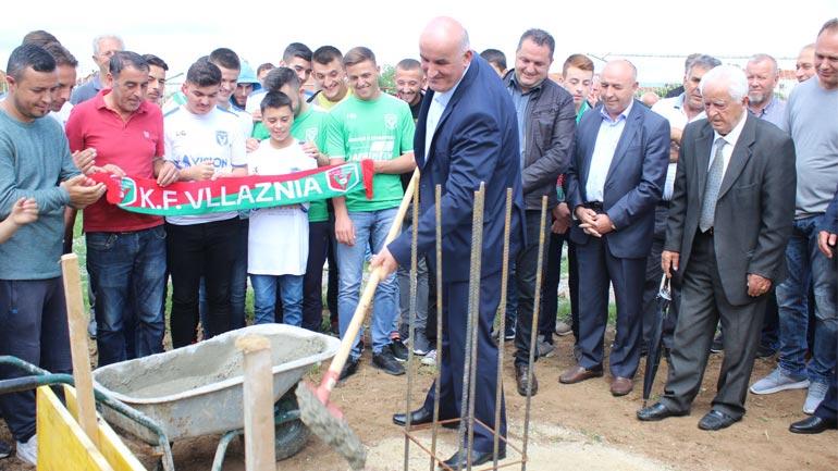 """Në Pozheran filluan punimet për ndërtimin e stadiumit """" Ibrahim Kurteshi"""""""