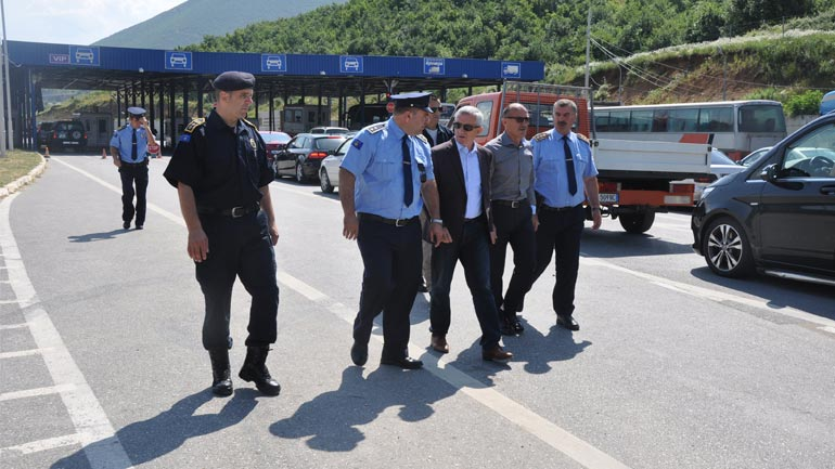 Ministri Gashi e ambasadori Minxhozi vizituan pikat e kalimit kufitar në Morinë dhe Shishtavec