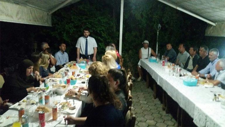 Këshilli i Bashkësisë Islame shtron iftar për Shoqatën e të Verbërve të Gjilanit