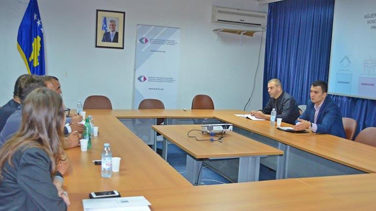 OAK ndërton kanale të bashkëpunimit me AKP