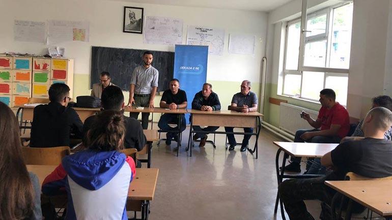 """PDK: """"Dekada e Re"""" mundësi e artë edhe për rininë gjilanase"""