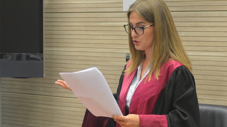 Studentja e UKZ-së Xhezide Selimi merr çmimin ''Best Oralist Award''