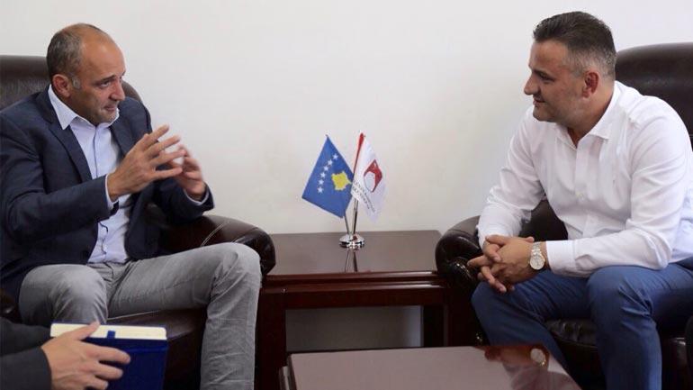 Diaspora mbarë-shqiptare mblidhet në Prekaz
