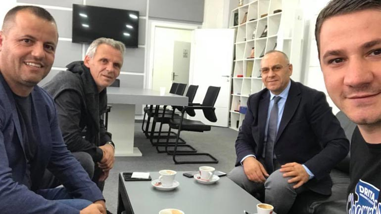 Presidenti i FFK-së, Agim Ademi pret në takim zyrtarët e FC Drita