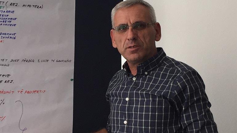 Komiteti i Arsimit në Gjilan jofunksional si pasojë e moskordinimit të partisë në pushtet dhe kryesuesit