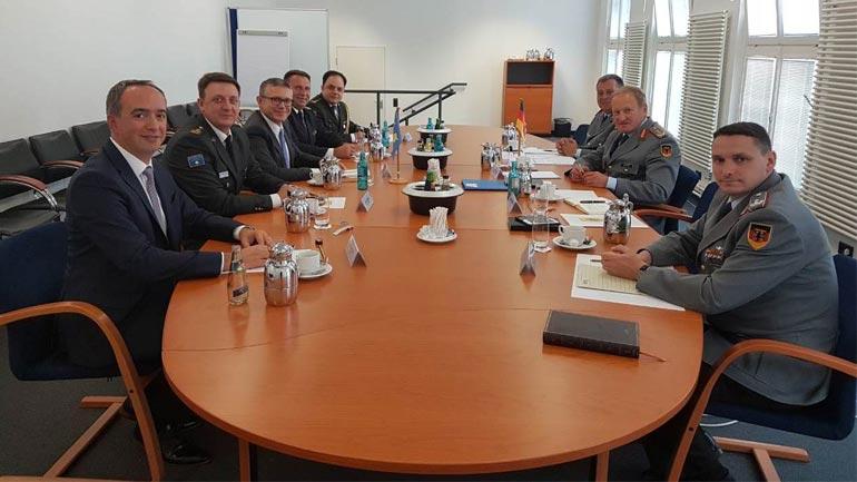 Delegacion i lartë i FSK-së vizitoi Qeverinë Gjermane