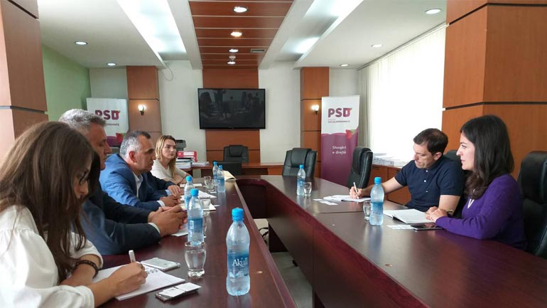 OAK takohet me kryetarin e Grupit Parlamentar të PSD-së
