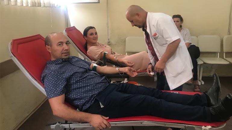 """Dhurojnë gjak, i përgjigjen thirrjes 'Dhuro gjak, shpëto jetë!"""""""