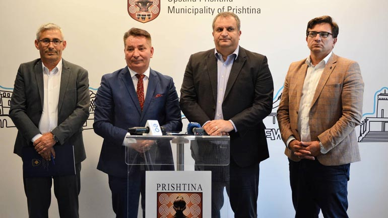 Ministria e Infrastrukturës e gatshme t'i ndihmojë kryeqytetit