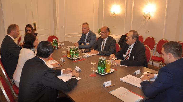 Ministri Gashi u prit në takim nga zëvendësministrja e Punëve të Brendshme të Austrisë