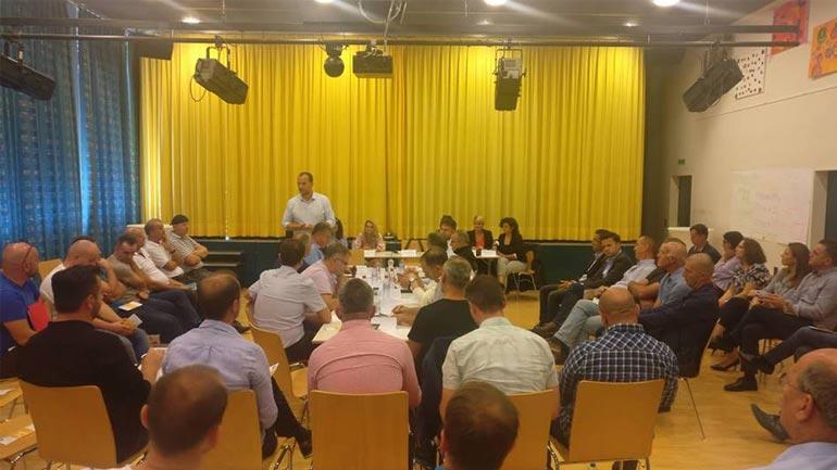 Kryetari i Kamenicës takohet me përfaqësues të shoqatave që veprojnë në Zvicër