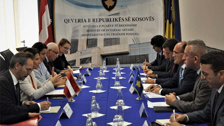 Ministri Gashi priti në takim zëvendësministren e Punëve të Brendshme të Austrisë