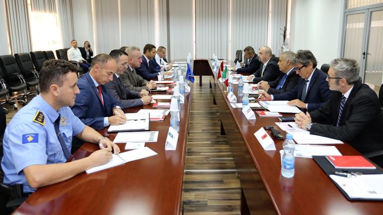 Takohen drejtuesit e Antiterrorit të Kosovës, Italisë dhe Shqipërisë