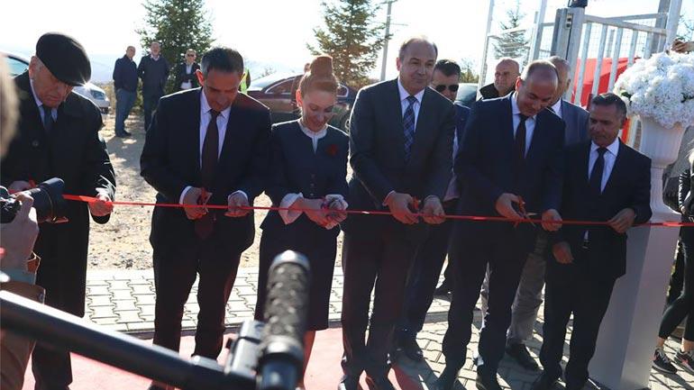 Në Kikë të Kamenicës: Përurohet centrali i parë i energjisë me erë