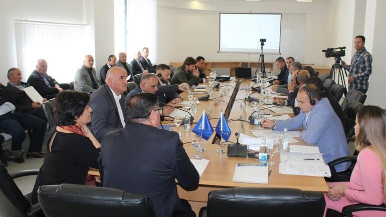 """Në Gjilan prezantohet projekti """"Të rinjtë në Agrobiznes – Regjioni Eknomik Lindor"""""""