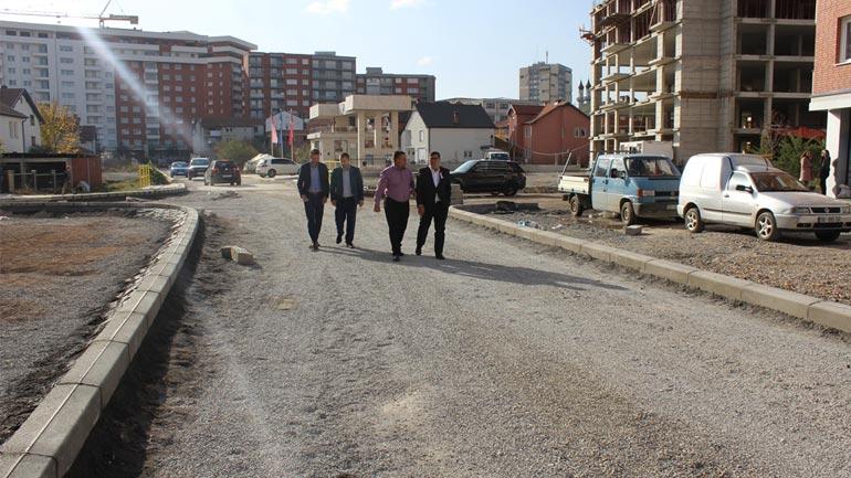 """Haziri thotë se ndërtimi i rrugës """"Mulla Idrizi"""" do të jetë model i investimeve"""