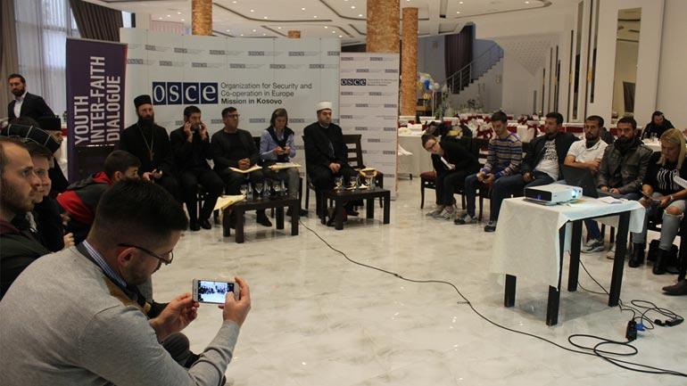 Haziri: Të rinjtë e Gjilanit po e marrin flamurin e thellimit të tolerancës ndërfetare dhe ndëretnike