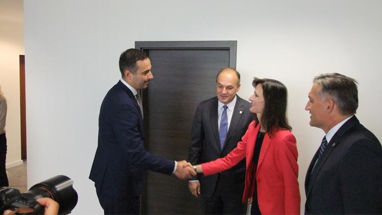 Ministri Lluka njoftoi komisioneren Mariya Gabriel për projektet e MZHE-së