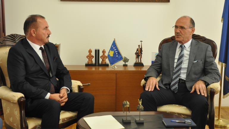 Në MPB u bë pranim-dorëzimi i detyrës së ministrit