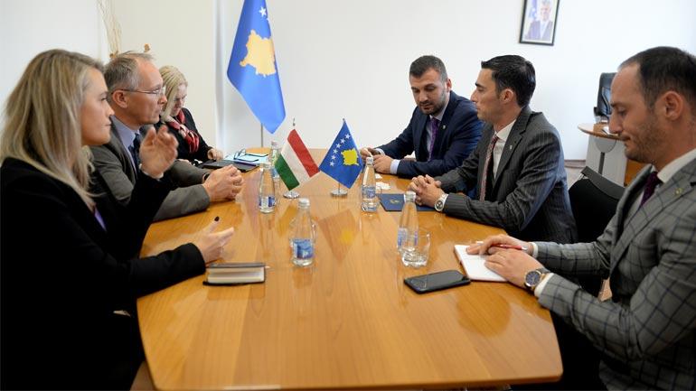 Kosova dhe Hungaria thellojnë bashkëpunimin, shumë shpejt priten investime nga ky shtet