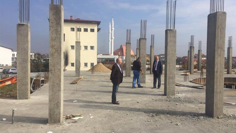 Haliti dhe Pira vizitojnë Pozheranin për të parë nga afër punimet në ndërtimin e objektit të ri shkollor
