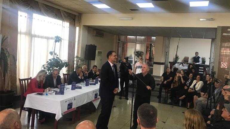 """Promovohet libri i Izmi Zekës """"Epoka Demaçiane dhe shkrime të tjera"""""""