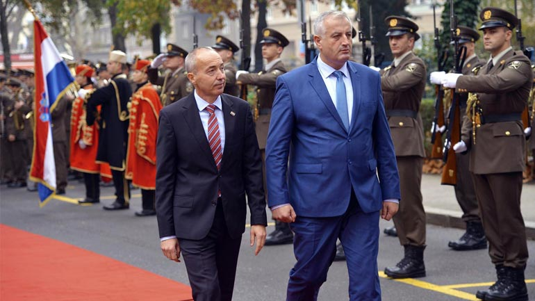 Ministri Berisha u prit me nderime të larta ushtarake në Ministrinë e Mbrojtjes të Kroacisë
