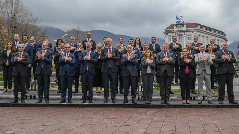 Përfundon mbledhja e dy qeverive, Kosovës dhe Shqipërisë