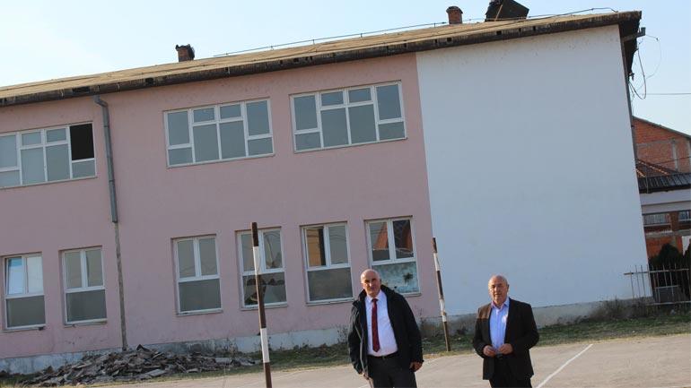 """Rinovohet kulmi i shkollës së mesme """"Kongresi i Manastirit"""" në Pozheran"""