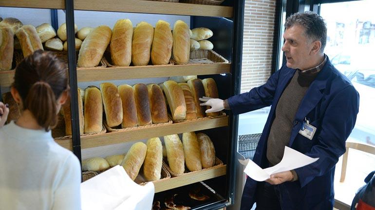 Ministria e Tregtisë dhe Industrisë në terren, mbikëqyrë peshën e bukës nëpër furra
