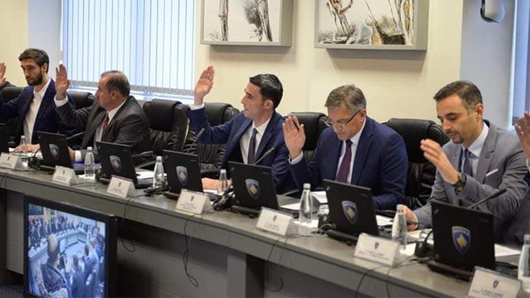 Shala: Ngritët në qind për qind taksa e importit ndaj produkteve nga Serbia dhe Bosnja e Hercegovina