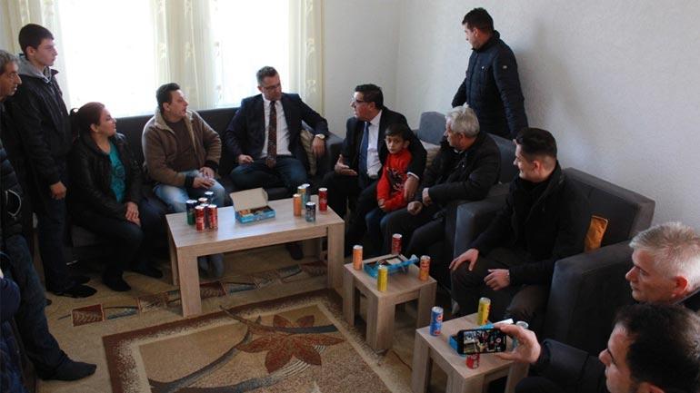 """Komuna e Gjilanit dhe """"AR Katana"""" e bëjnë me shtëpi familjen Salihu"""