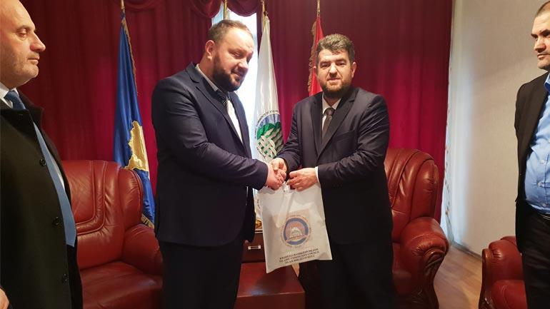 Drejtues të KBI-së nga Presheva vizituan KBI-në e Gjilanit