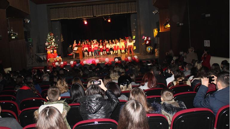 Gjilan mban koncert të madh festiv në vigjilje të ndërrimit të motmoteve