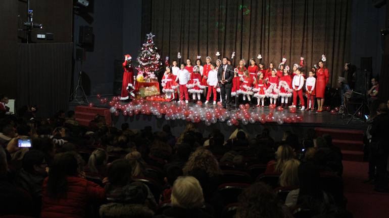 Kryetari Haziri organizon koncert festiv për fëmijët e të gjitha komuniteteve