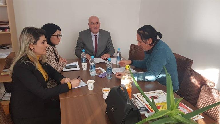 Shqyrtohen mundësit për hapjen e Shkollës fillore të Artit në komunën e Vitisë