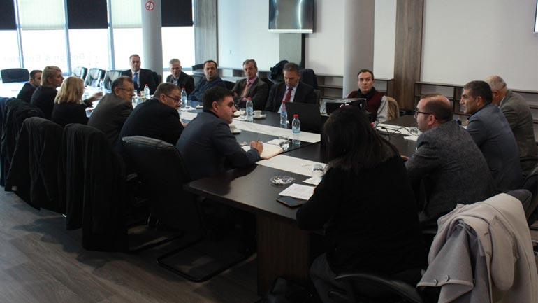 OSBE në Gjilan organizon punëtori për ngritjen e bashkëpunimit me auditorin e brendshëm