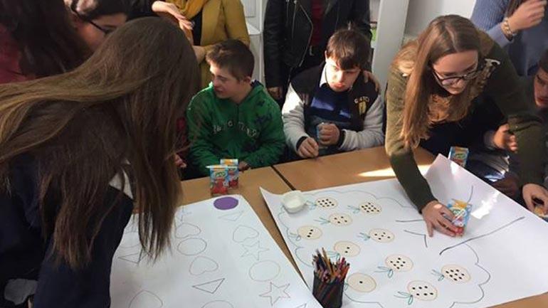 Me aktivitete të ndryshme shënojnë Ditën Ndërkombëtare të Personave me nevoja të veçanta