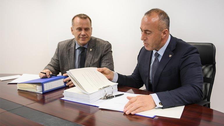 Me draft-libër për një marrëveshje gjithëpërfshirëse legalisht obligative me Serbinë