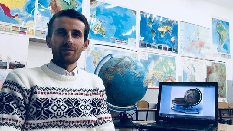 Mësimdhënësit në Kosovë si Shudra në Indi