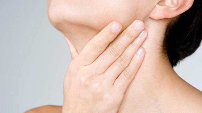 Katër mënyrat e mira të shërimit të fytit të skuqur