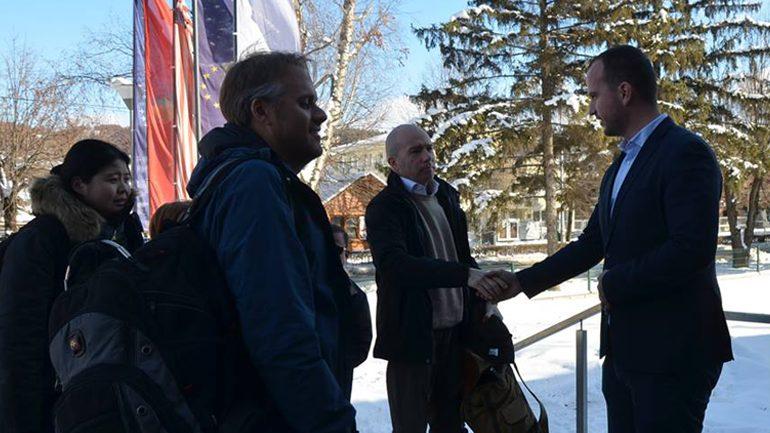 Kryetari i Kamenicës pret në takim përfaqësuesit e Bankës Botërore