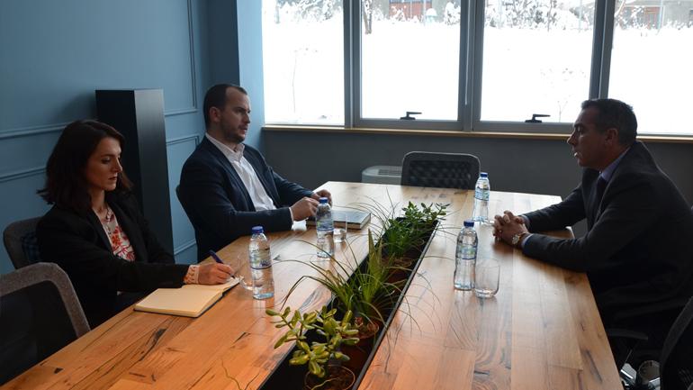 Kreu i Kamenicës takon drejtorin ekzekutiv të Asociacionit të Komunave të Kosovës